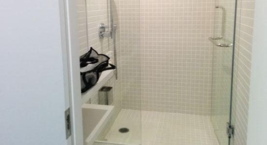 ナインアワーズ シャワー室
