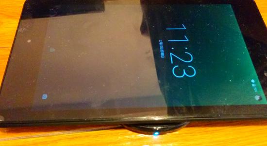 qi充電器Nexus7